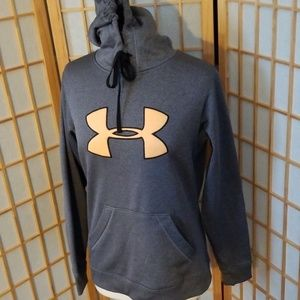 under armour hoodie  sz Medium